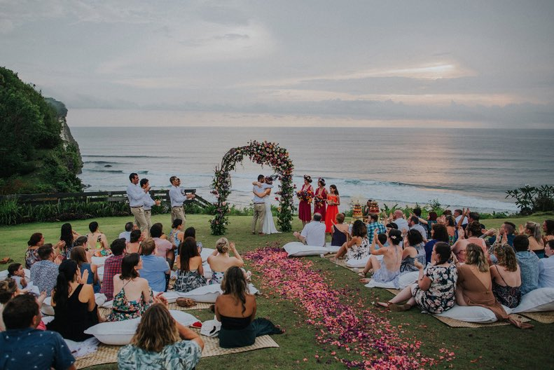 having your wedding in bali