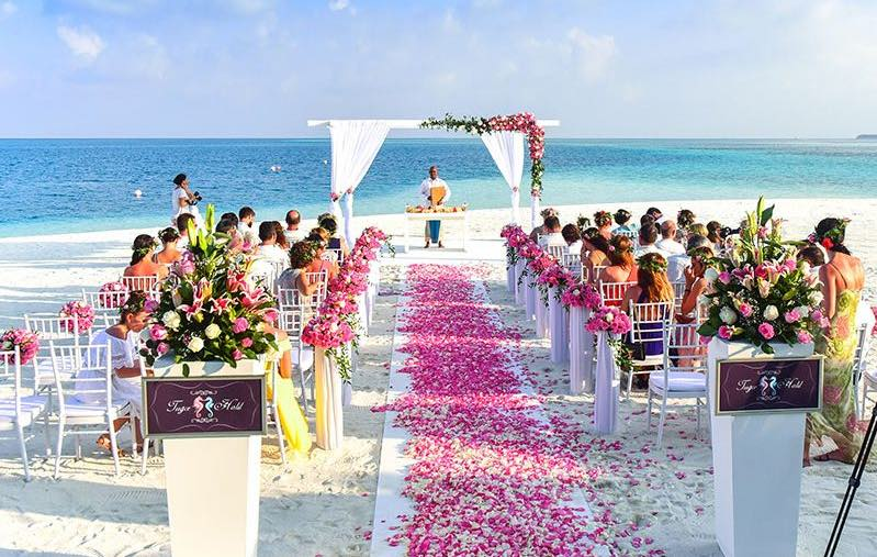 Destination Weddings Bali: Why you need a wedding planner!