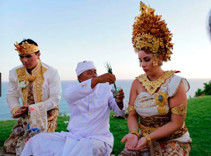 traditional balinese wedding