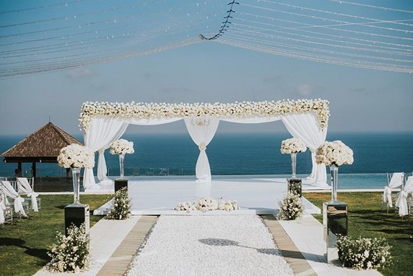 villa surga one uluwatu bali wedding venues clifftop